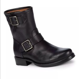 Frye Vicky engineer boots